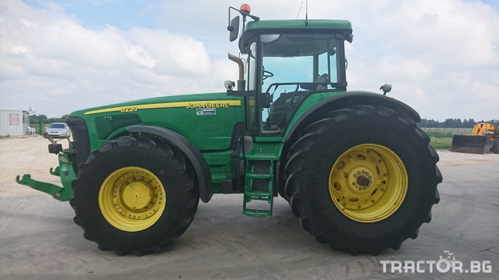 Трактори John Deere 8220 Powershift 3