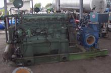 Водна помпа с двигател Mercedes 6 цилиндъра