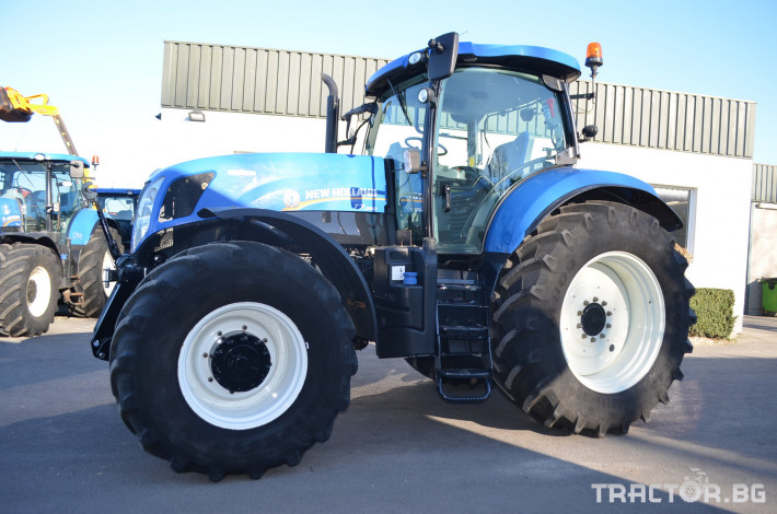 Трактори New-Holland T7.250 Autocommand 2 - Трактор БГ