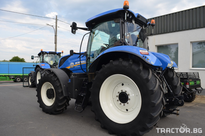 Трактори New-Holland T7.230 Powercommand 2 - Трактор БГ
